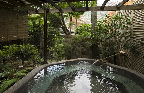 海石榴 浴場