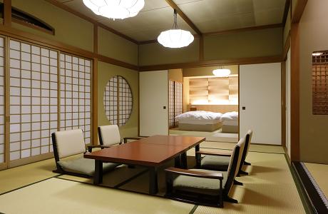 山翠楼 客室一例